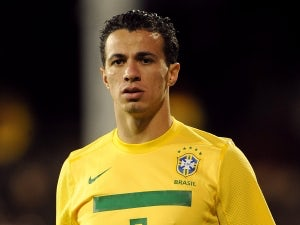 Internacional reiterate Damiao stay