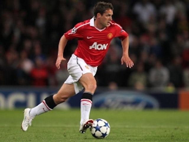Smith: 'Owen is no Liverpool legend'