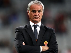 Ranieri blames referee for defeat