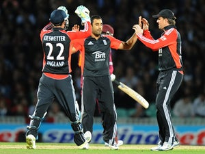 England chase 221 for victory