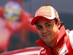 Massa interrupts Hamilton interview