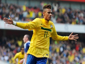 Neymar dreams of playing alongside Messi