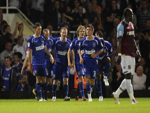 Half-Time Report: Ipswich down to 10 against Forest