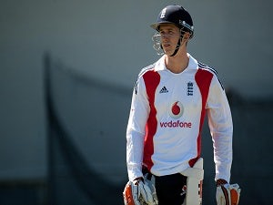 Joe Denly completes Middlesex move