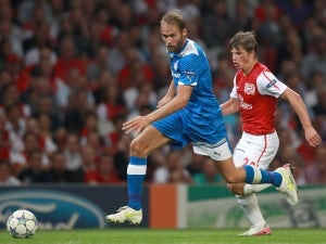 Wenger defends Arshavin