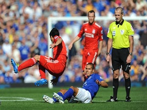 Everton appeal Rodwell red card