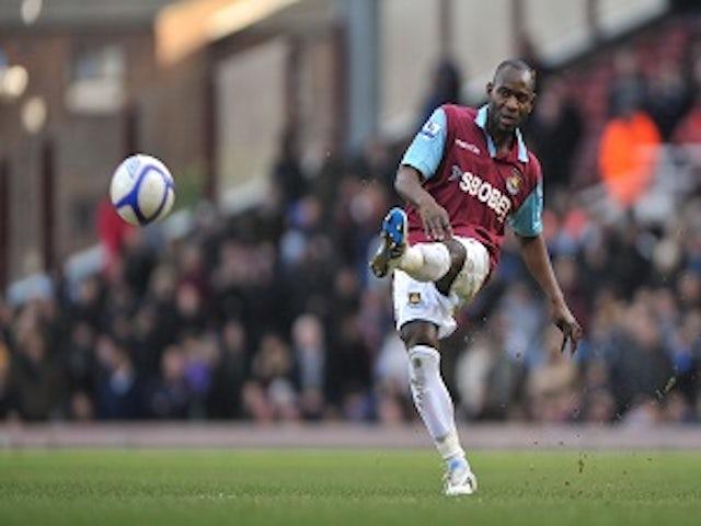 Illunga leaves West Ham