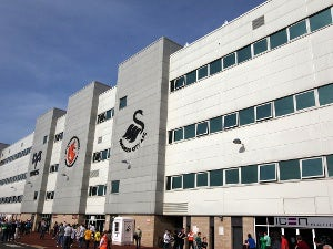 Abdellaoue to reject Swansea?