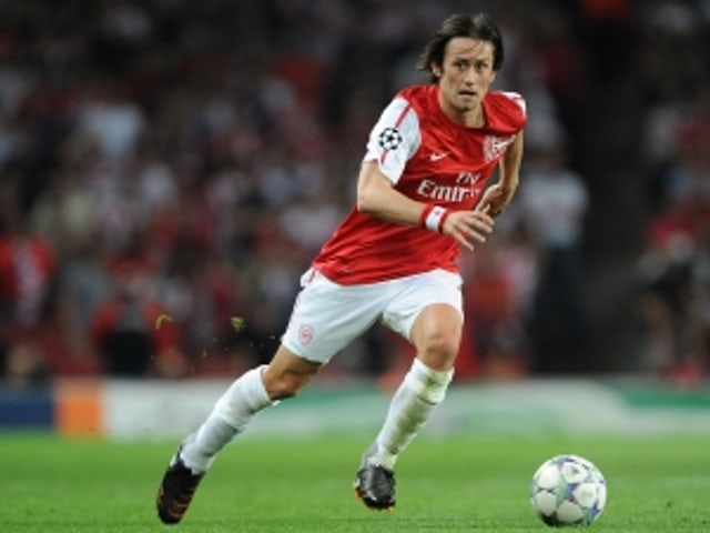 Rosicky to stay at Arsenal