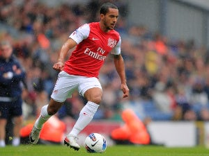 6pm Transfer Talk Update: Berbatov, Walcott, Owen