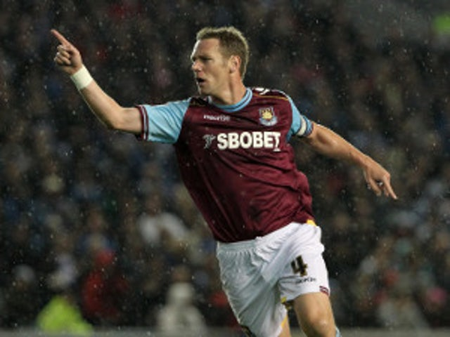 Half-Time Report: West Ham 2-0 Cardiff (4-0 on agg.)