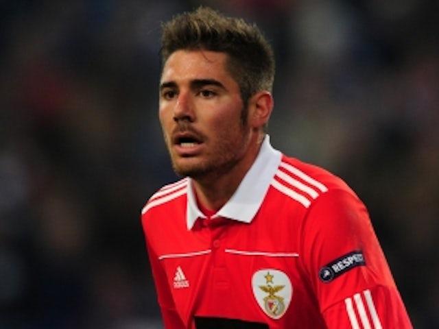 Man City sign Javi Garcia
