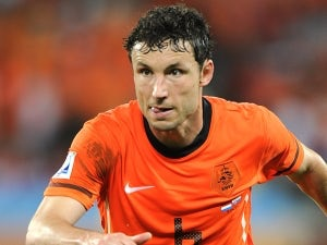 Van Bommel: 'Second leg will suit Barca'