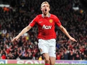 Team News: Fletcher on Man United bench