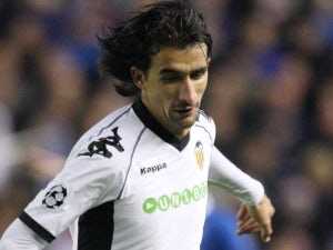Chelsea, Man City chase Valencia playmaker