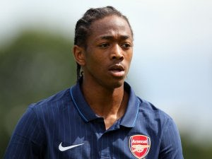 Colchester loan Arsenal duo