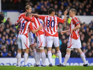Pulis wants Huth stay