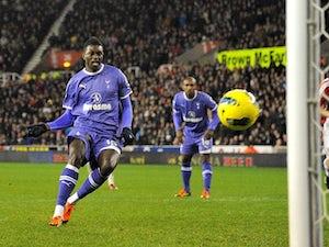 AVB only wants one new striker
