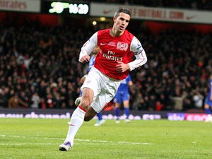 RVP to sign for Man Utd this week?
