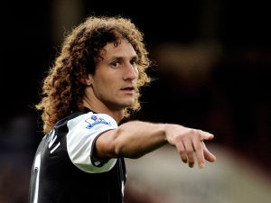 Pardew targets Coloccini stay