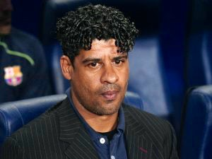 Rijkaard rejects PSG