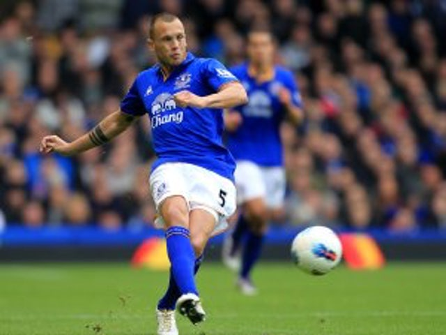 Heitinga rejects new Everton deal