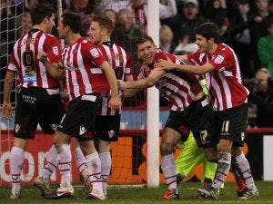 League One roundup: Sheff Utd stay top after win