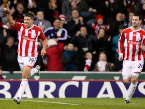 Team News: Tony Pulis names attacking Stoke lineup ...