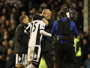 Fulham front pair staying, insists Jol
