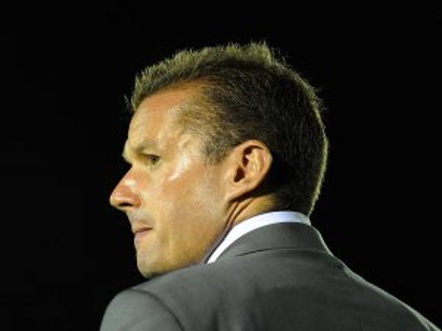 Stevenage re-appoint Westley as manager