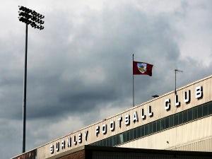 Burnley announce Nizic deal