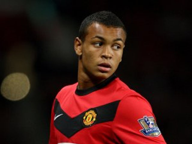 Hull sign Man United youngster