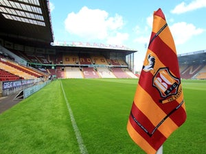 Bradford sign Doyle