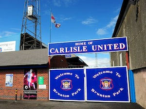 Carlisle sign goalkeeper Fleming