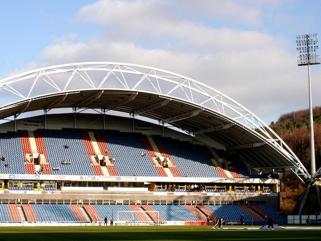 Huddersfield, Crystal Palace charged by FA