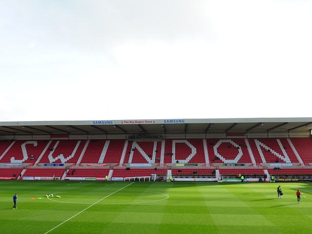 Swindon cancel Magera contract