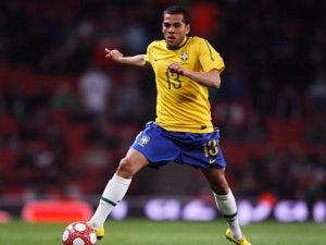 Daniel Alves: 'We aren't inferior to Spain'