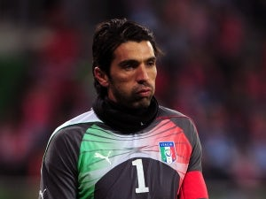 Buffon denies unrest in Italy camp
