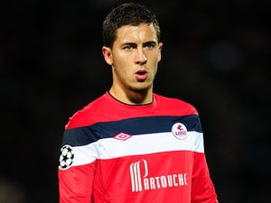 Hazard snubs Arsenal