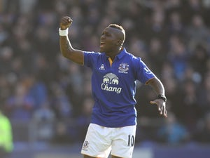 Drenthe axed by Everton