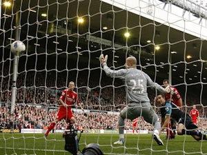 Half-Time Report: Liverpool 0-1 Arsenal