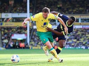 Hodgson gives Holt lifeline