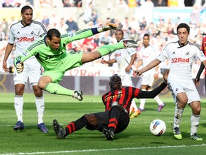 Vorm to sign new Swansea deal?