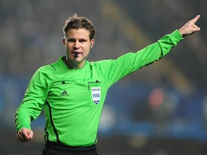 Brych to officiate Chelsea vs. Barcelona