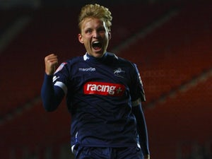 Millwall offer Wright new deal