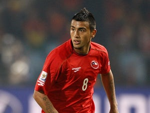 Man Utd make Vidal approach?