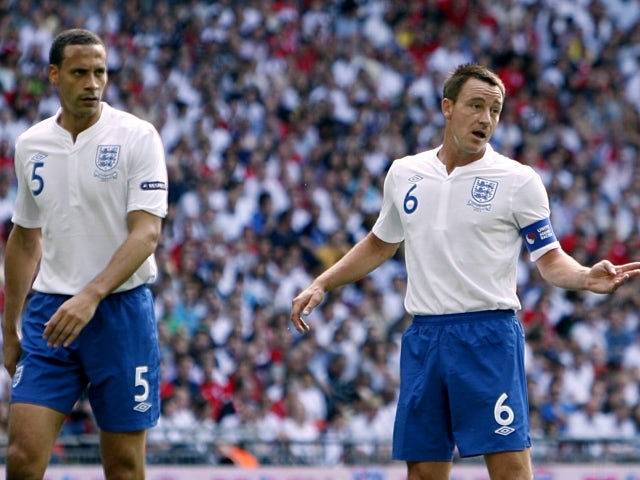 Ferguson: 'Ferdinand won't get England call'