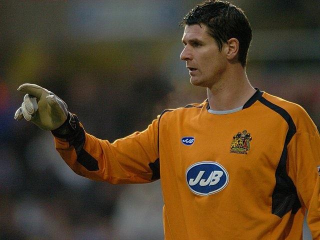 Pollitt signs Wigan extension