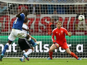 Live Commentary: Italy 3-1 Denmark - as it happened