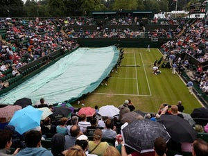 Wimbledon to put roof on number one court
